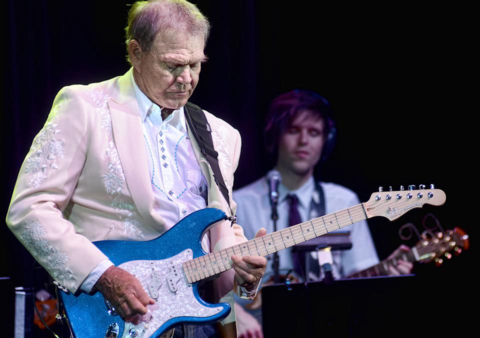Glen Campbell performs with members of his family at the IP Casino in Biloxi, Ms. on Friday, July 15. (AP Photo/William Colgin)