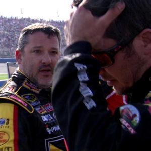 Stewart confronts Truex Jr. after Fontana race
