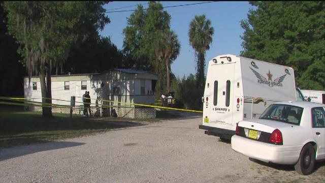 Mother finds son, roommate dead in Seffner mobile home