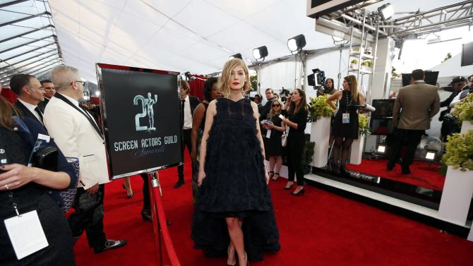 Rosamund Pike arrives at the 21st annual Screen Actors Guild Awards in Los Angeles