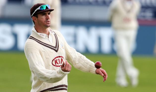 Cricket - LV County Championship - Division Four - Day Four - Yorkshire v Surrey - Headingley