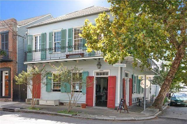 $1.1M Gets You 2 Marigny Businesses, 2 Apartments