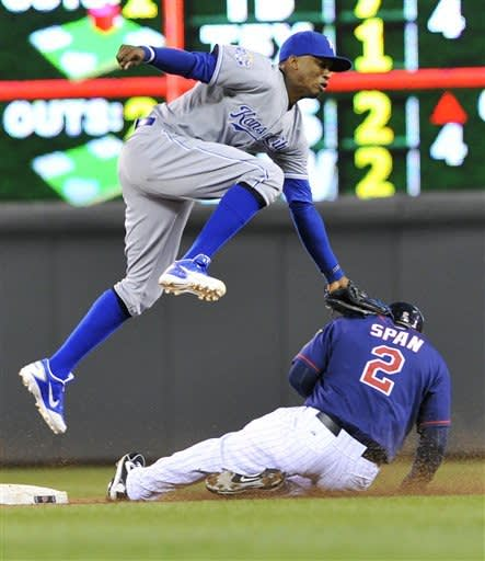Gordon, Butler lead Royals to 3rd straight win
