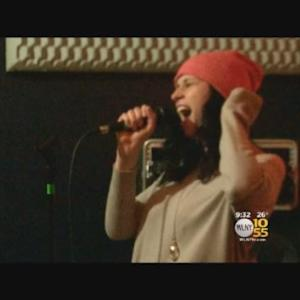 Singer-Songwriter Who Lost Mom In Hit-And-Run Honors Her Through Music
