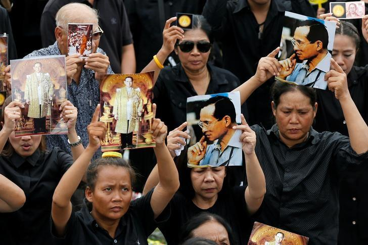 Thai junta says Google removing content with royal insults