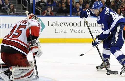 Johnson, Palat score 1st NHL goals in TB win
