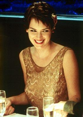 Charlotte Fielding ( Winona Ryder ) in MGM's Autumn In New York