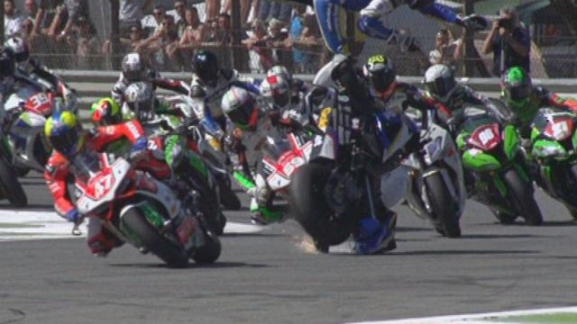 Terribile incidente nella gara Superstock