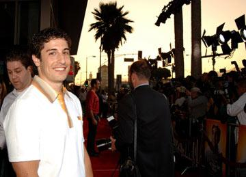 Jason Biggs at the Hollywood premiere of Universal Pictures' The 40-Year-Old Virgin