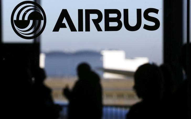Airbus wins board spat with Spain, to renew CEO