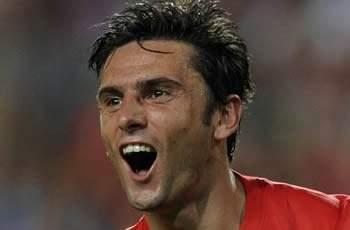 Portugal 1-0 Russia: Postiga clinches crucial qualification win