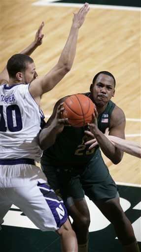 No. 10 Michigan State beats Northwestern 71-61