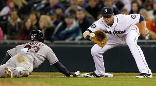 Donald's RBI single leads Indians past Mariners