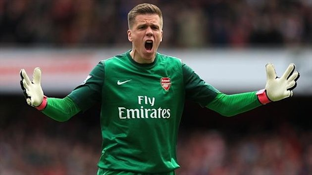 Arsenal goalkeeper Wojciech Szczesny has again voiced his opinions about Tottenham