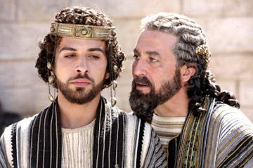 Alessandro Giuggioli as Antipas and Ciaran Hinds as King Herod in New Line Cinema's The Nativity Story