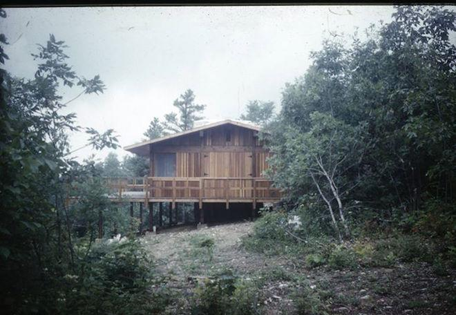 21 First Drafts: 21 First Drafts: Hugh Newell Jacobsen's Roberts Residence