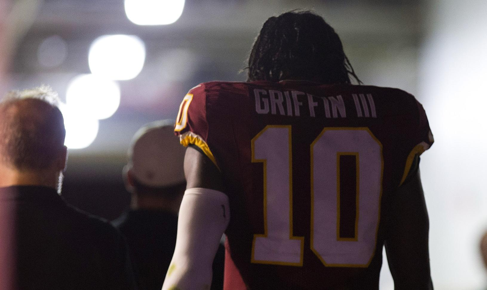 Redskins announce RG3 not cleared to play Saturday