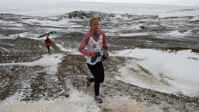 Girl's Mission in Dad's Memory Takes Her to Antarctica Marathon