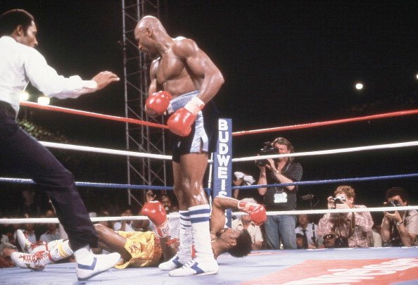 5. Marvelous Marvin Hagler KO3 Thomas Hearns, April 15, 1985 – Regarded by many as the best short fight in boxing history, Hagler was too powerful for Hearns and proved it in this all-out slugfe