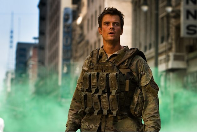 Josh Duhamel Transformers Production Stills Paramount 2009