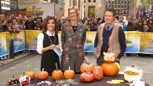 Kit Hoover and Billy Bush during Family Fun magazine's Halloween segment on Access Hollywood Live  -- Access Hollywood