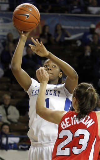 No. 7 Kentucky pulls away from Marist, 78-56