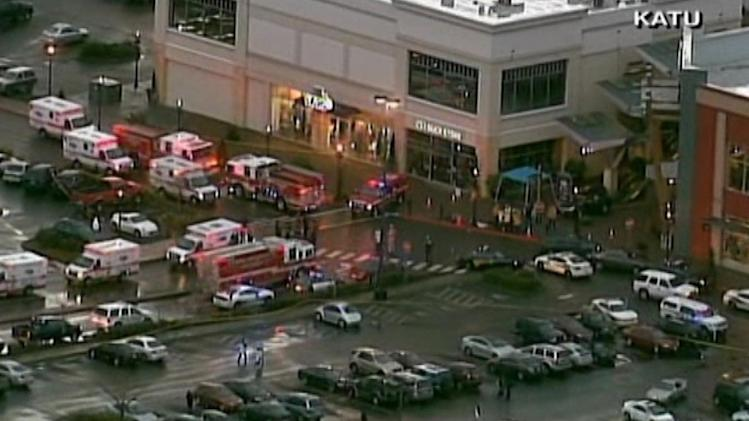 Police: 3 people dead, including gunman, in shooting at suburban Portland shopping mall.