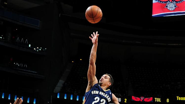 Davis, Pelicans finish strong, beat Hawks 111-105