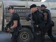 &quot;Expendables 2&quot; repeats first place