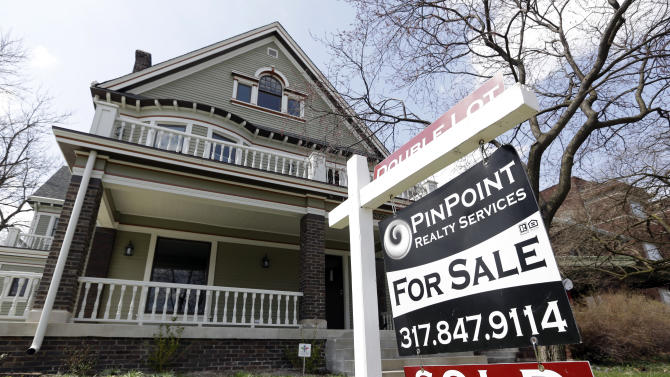 US rate on 15-year mortgage at record 2.56 pct.