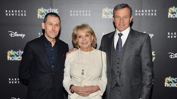 Barneys New York And Disney Electric Holiday Window Unveiling Hosted By Sarah Jessica Parker, Bob Iger, And Mark Lee - Arrivals
