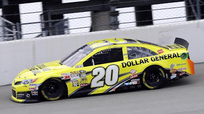 Matt Kenseth drives his car during the NASCAR Sprint Cup series auto race at Chicagoland Speedway in Joliet, Ill., Sunday, Sept. 15, 2013. (AP Photo/Nam Y. Huh)