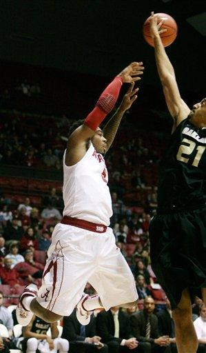 Releford leads Alabama past Oakland 65-45