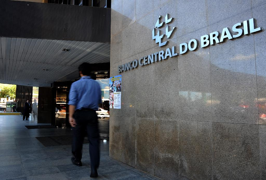 Brazil's central bank keeps key interest rate at 14.25%