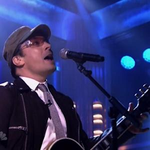Jimmy Fallon Impersonates Bono, Fills In As Musical Guest