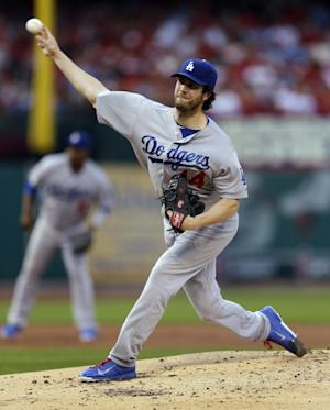 Lynn tough on Dodgers, Cardinals win 3-2