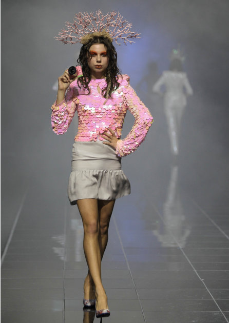 A model displays a creation by Kute during the Volvo Fashion Week in Moscow, Russia, Saturday, Oct. 29, 2011. (AP Photo/Misha Japaridze)