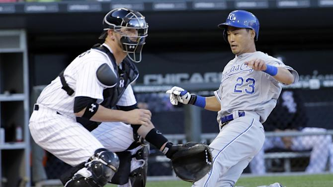 Guthrie snaps winless streak in Royals' 7-2 win
