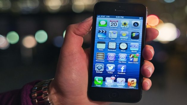 iPhone 5 Glitches, Secrets, and Scratches Found Since Launch (ABC News)