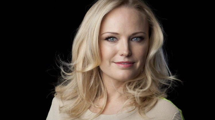 Malin Akerman brings comedic chops to network TV