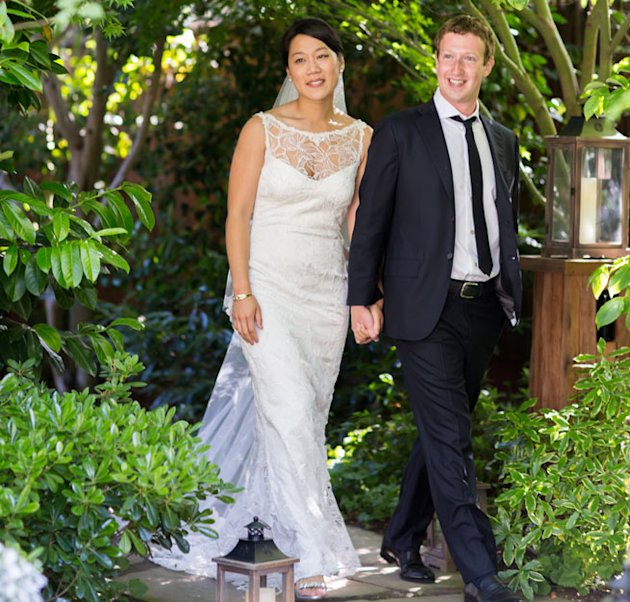 Claire Pettibone Had No Idea Priscilla Chan Would Wear Her Wedding Dress To Wed Mark Zuckerberg