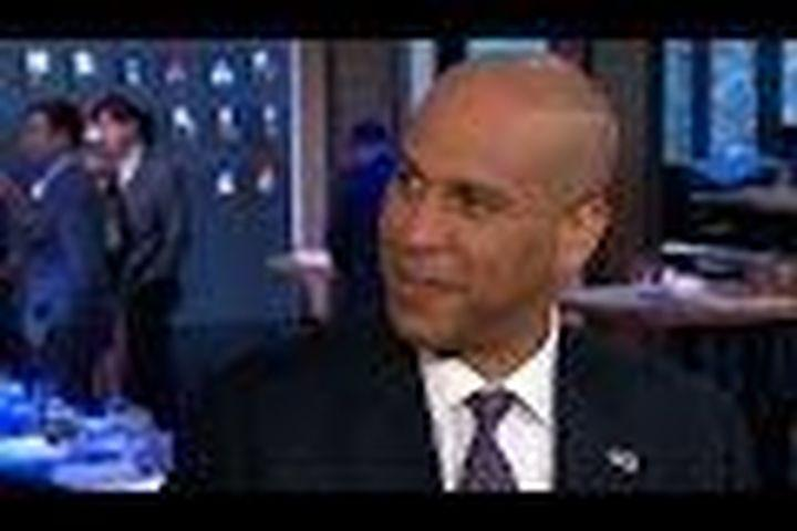 Cory Booker answers Donald Trump's hateful tweet with love