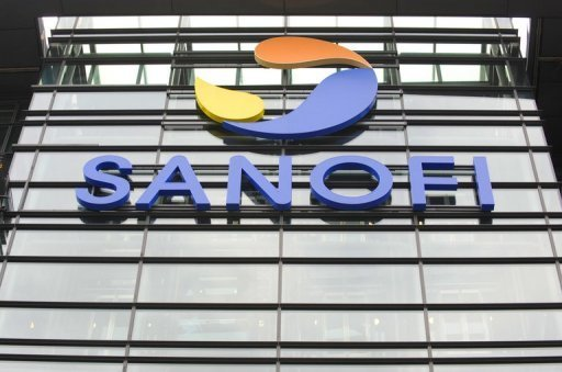 <p>French pharmaceutical group Sanofi said Thursday its third quarter net profit drop by 7.4 percent to 2.2 billion euros ($2.9 billion) as the expiration of patents ate into sales.</p>