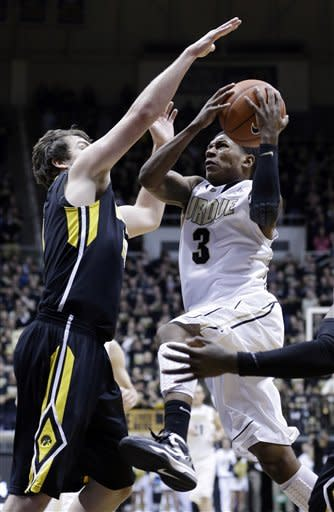 Purdue defeats Iowa 65-62 in overtime
