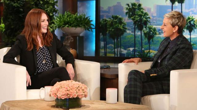 Julianne Moore Reveals Her Natural, Uncontrollable Hair to Ellen DeGeneres