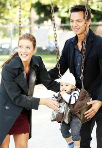 Kate Walsh and Benjamin Bratt | Photo Credits: Carol Kaelson/ABC