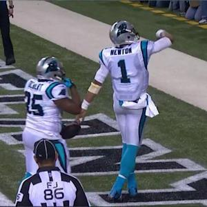 Carolina Panthers quarterback Cam Newton powers up the middle for a 4-yard touchdown