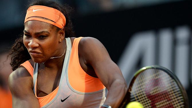 Top seed Serena Williams of the US could meet sister Venus in the last 16