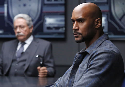 Henry Simmons Talks S.H.I.E.L.D.'s Captain America 2 Flashbacks, Mack vs. Coulson and Lucy Lawless' Encore