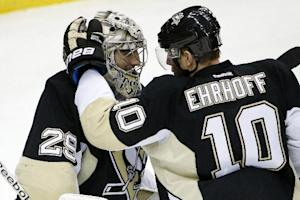 Kunitz powers Penguins over Kings 3-0